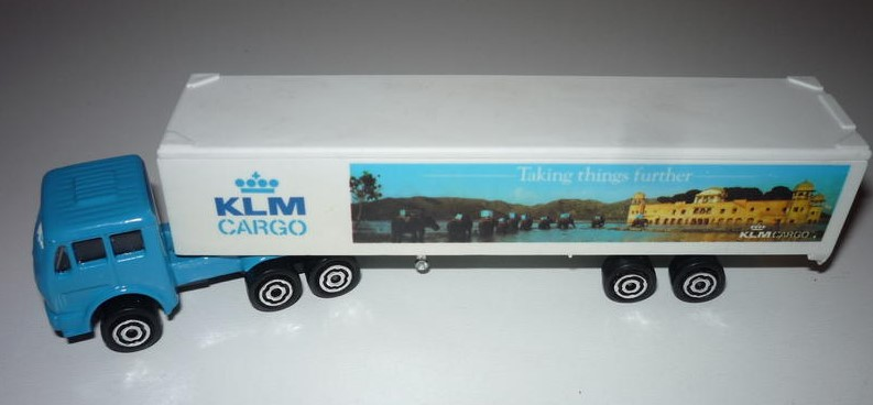 N°361 - MERCEDES SEMI-CONTAINER 361-B 43